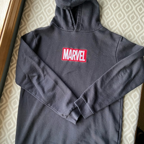 Marvel Hoodie sz 12-14